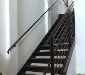 Escadas e Corrimãos